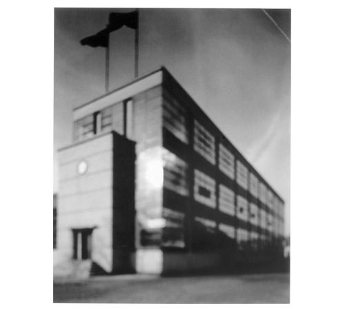 Hiroshi Sugimoto | Fagus Schuhleistenfabrik - W. Gropius and A. Meyer, 1998 | Fotografía